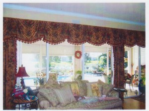Kingston Valance with side panels